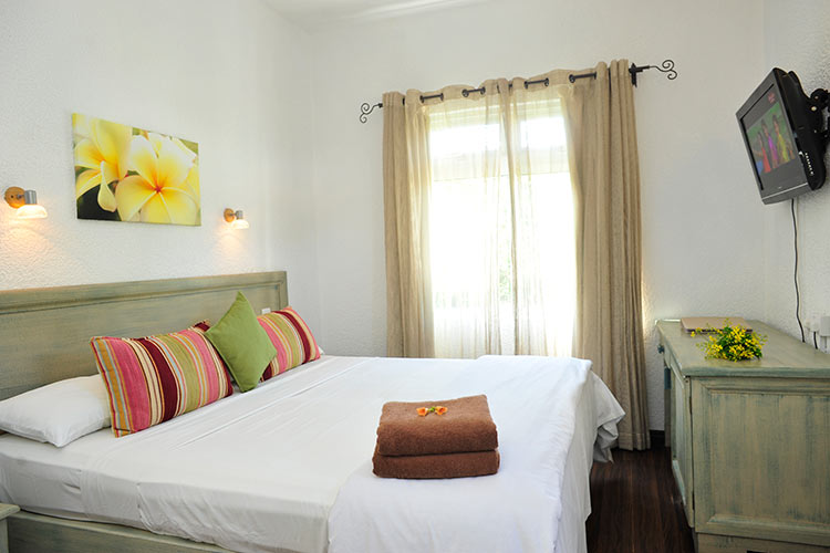 standard-room-the-bay-mauritius