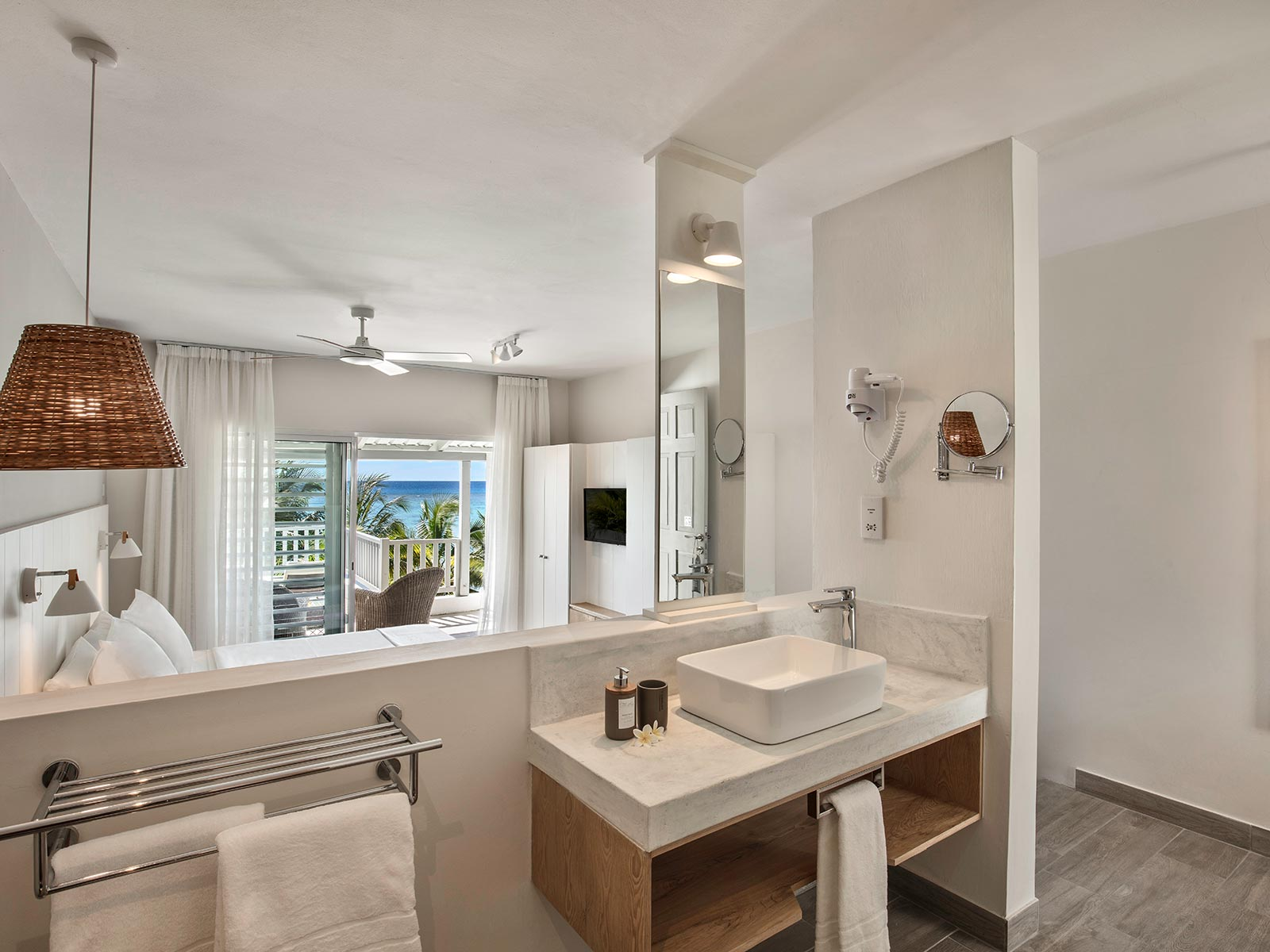 Terrace-Ocean-View-Rooms-Visual1