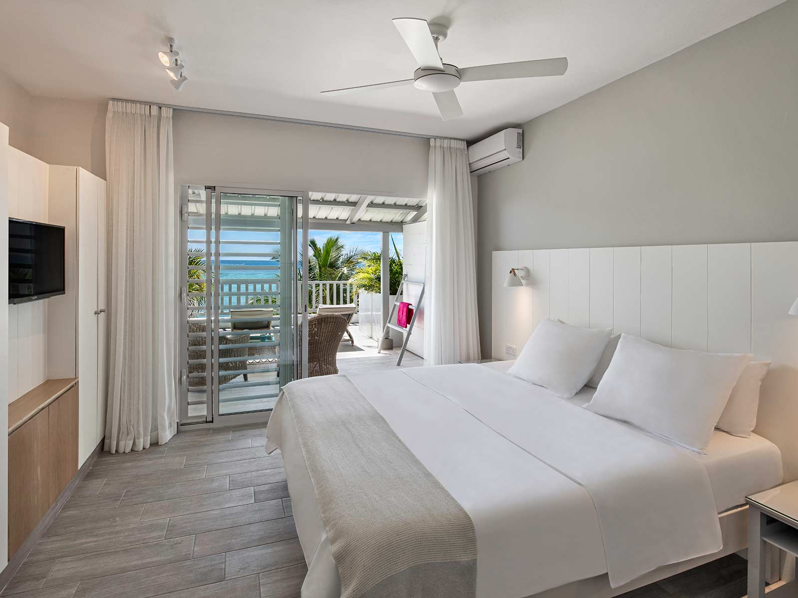 Terrace-Ocean-View-Rooms-Visual10