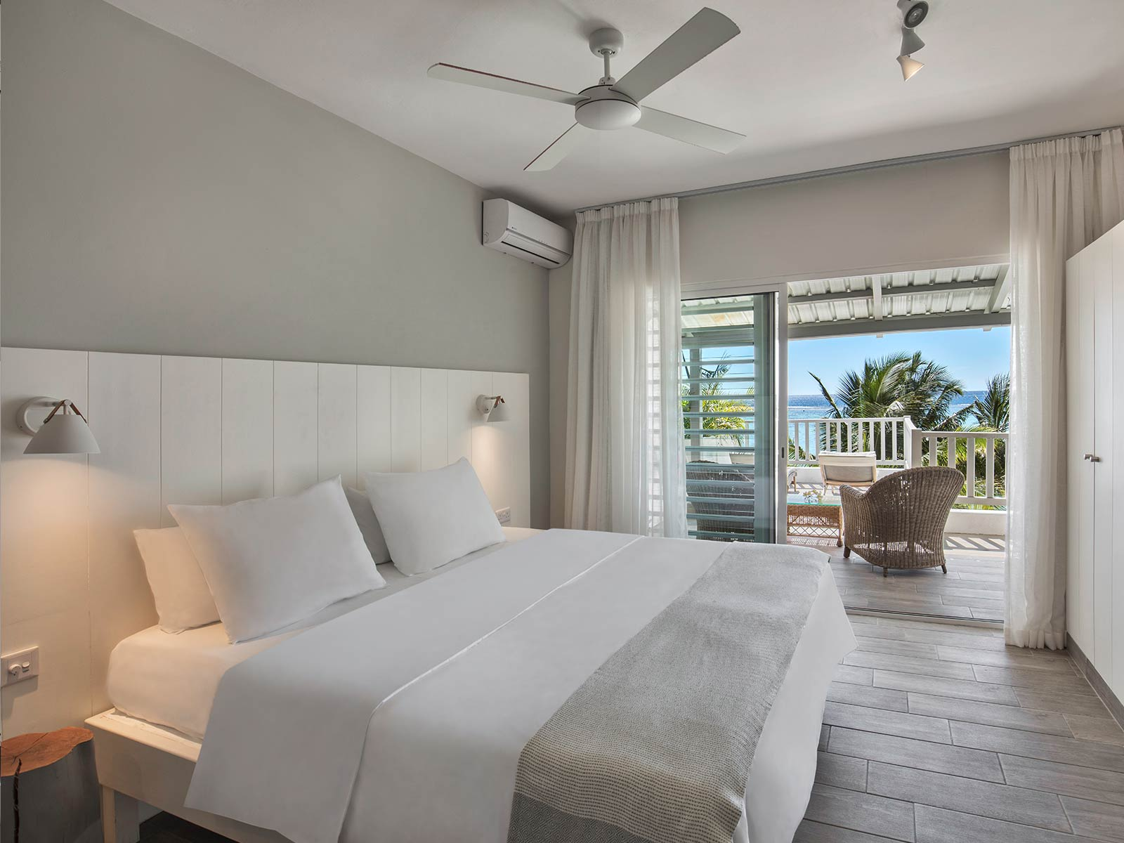 Terrace-Ocean-View-Rooms-Visual5